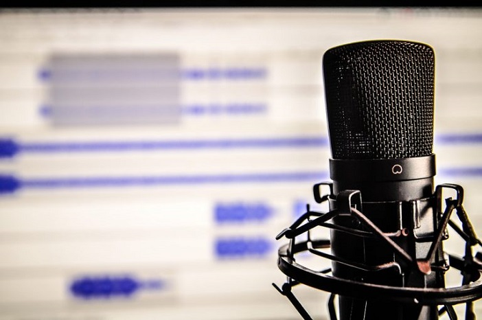Top Reasons Podcasting Is Better Than Blogging